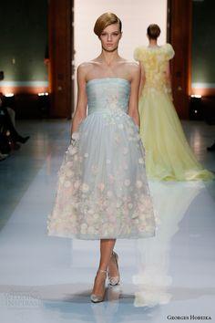 Жорж Хобейка мода весна 2014 светло-голубой платье без бретелек с цветами