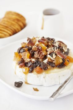 Baked Brie with Cajeta Fruit and Nuts - bell' alimento Baked Brie Recipes, Cheese Recipes, Appetizer Recipes, Appetizers, Party Recipes, Easy Soup Recipes, Real Food Recipes, Good Food, Yummy Food