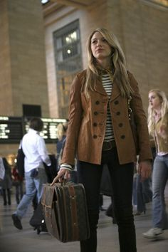 Where it all began; Gossip Girl Pilot, Serena enters Grand Central Station.