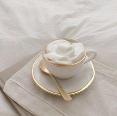 Mobiles, Lightroom, Filter, Modern Magic, Wedding Presets, Mood Instagram, Beige Aesthetic, Aesthetic Coffee, Coffee Cafe