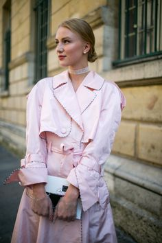 Street style at Paris Couture Week Fall 2017: Pink coat