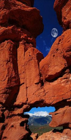 Siamese Twins Rock Formation At Garden Of The Gods, Colorado Springs By John Hoffman