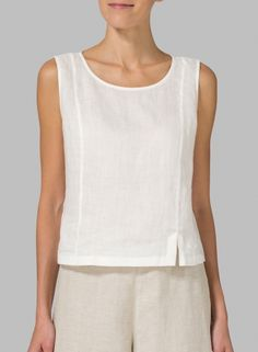 Linen Sleeveless Short Tank – Marsha Hosfeld – Join in the world of pin Mode Outfits, Fashion Outfits, Womens Fashion, Sewing Blouses, New Blouse Designs, Short Tops, Linen Dresses, Clothing Patterns, Blouses For Women