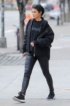 Steal Kylie's style...