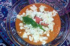 Jak připravit melounové gazpacho | recept Gazpacho Recept, Feta, Grains, Rice, Seeds, Laughter, Jim Rice, Korn