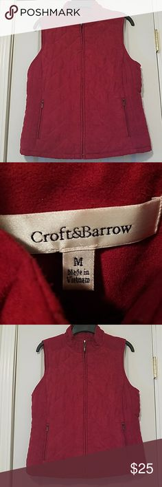 Nwot Lady's Quilted Vest sz.Med Nwot Lady's Quilted Vest sz.Med Very nice. Just got wrong sz. Deep burnt red color. Very pretty croft & barrow Jackets & Coats Vests