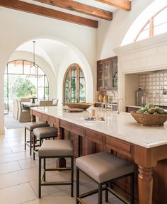 Barton Creek by Ginger Barber Interior Design on Kitchen Design, Kitchen Decor, Home Interior Design, Beautiful Interior Design, Cozy House, My Dream Home, Planer, Home Kitchens, Decoration
