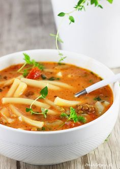 Zupa z soczewicy. Diet Recipes, Vegetarian Recipes, Cooking Recipes, Healthy Recipes, Vegetable Soup Recipes, Vegan Gains, Lentil Soup, Easy Food To Make, Breakfast Recipes