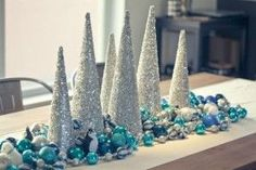 charming-silver-and-blue-christmas-decor-ideas-30