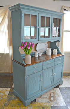 A real farmhouse differentiates Hutch Makeover Farmhouse a easy Hutch inspi .A real farmhouse is what makes Hutch Makeover Farmhouse a easy Hutch inspi .Upcycled Hutch Makeover - The honeycomb houseBeautiful DIY Refurbished Furniture, Farmhouse Furniture, Repurposed Furniture, Furniture Makeover, Painted Furniture, Diy Furniture, Furniture Design, Refurbished Hutch, Modern Furniture