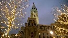 TURISCURIOSA EN USA: DÍA 10. PRINCETON Y FILADELFIA, LA CIUDAD QUE ME CONQUISTÓ. Detalle del Ayuntamiento de Filadelfia, cuando se empezó a construir, esperaban que fuera el edificio más alto del mundo.
