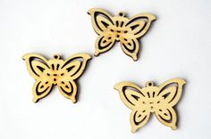 3 pcs Butterfly Charm Pendant Wood Little Necklace Butterfly Jewelry Cute Butterfly Laser Cut Wood Pendant  brooches crafting DIY