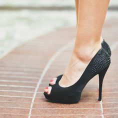 Step up to the plate today.in freaking fabulous shoes. Model Pictures, Pumps, Heels, Peep Toe, Applique, Clothes, Outfits, Accessories, Plate
