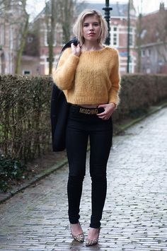 H&M Mustard Yellow Cropped Sweater Crop Jumper Mohair Blend, Weekday Black High Waisted Skinny Jeans, Manfield Leopard Printed Pumps Leo Hee...