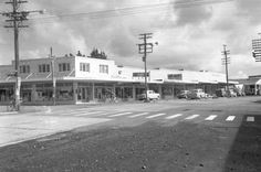 Corner of Great North Road and Station Road (now Railside Ave) Henderson. In 2015 there is a Japanese restaurant on this corner. Steve Ozich's Land Agents are in Ozich Building. Central Motors garage at far right. Land Agent, Nz History, Great North, Old West, Auckland, New Zealand, Motors, Garage, Corner