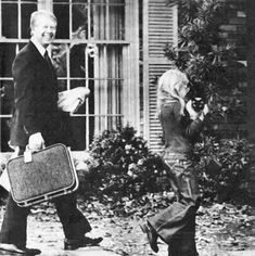 Jimmy and Amy Carter with their cat. | Eight Presidents With Cats
