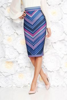StarShinerS blue midi pencil high waisted skirt with geometrical print, tented cut, geometrical print, slightly elastic fabric, high waisted