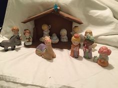 Avon Heavenly Blessings Nativity Collection Complete 13 Piece Set + Crèche | Collectibles, Decorative Collectibles, Decorative Collectible Brands | eBay!