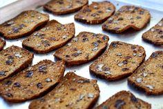 Rosemary Raisin Pecan Crisps - Dinner With Julie - Appetizers - Diy Christmas Crackers Roasted Pumpkin Seeds, Roast Pumpkin, Biscuits, Homemade Crackers, Homemade Crisps, Muffins, Chips, Crisp Recipe, Raisin
