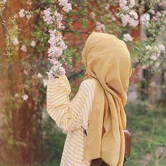 Hijabi Girl, Girl Hijab, Hijab Outfit, Muslim Brides, Muslim Girls, Muslim Fashion, Hijab Fashion, Modest Fashion, Hijab Hipster