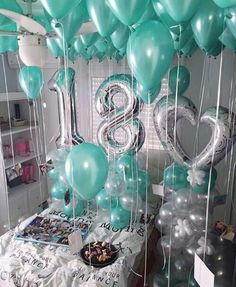 Birthday Room Surprise, Hotel Birthday Parties, Birthday Goals, Birthday Party For Teens, 18th Birthday Party, Birthday Photos, Birthday Ideas, Hotel Party, Birthday Balloon Decorations