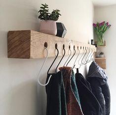 Home Design Diy, Home Room Design, Diy Home Decor, House Design, Room Inspiration, Interior Inspiration, Barn Wood Crafts, Coat Hanger, House Rooms