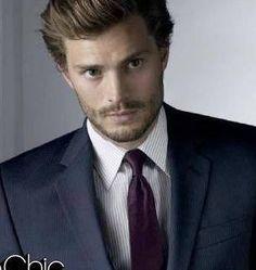 Look da Star: Christian Grey, l'affascinante Mr. 50 Sfumature di Grigio (FOTO)