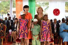Dominique OUATTARA Première Dame de Côte d'Ivoire et Akie ABE, une photo de…