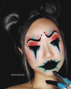 10 Stunning Makeup Ideas for Halloween Extreme Makeup, Scary Makeup, Makeup Art, Makeup Ideas, Sfx Makeup, Easy Clown Makeup, Makeup Eyeshadow, Cute Halloween Makeup, Halloween Eyes
