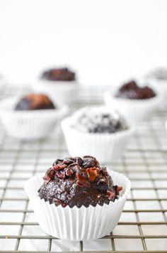 snacks by Shira vol. 41: paleo mocha truffles
