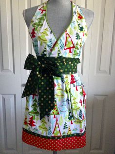 Trees & Trimmings - Adult Full Apron - Retro Apron, Christmas Apron - Baking Apron, Vintage, Gift Idea