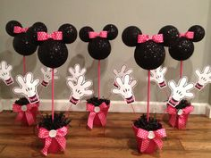 2 Minnie Mouse Centerpiece by WhitsPartiesandMore on Etsy Minnie Mouse Party, Mouse Parties, Mickey Mouse, Aries Birthday, Birthday Ideas, Birthday Parties, Party Themes, Party Ideas, Painted Clay Pots