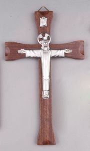 Hanging Crucifix Feeling Loved, Crucifix, First Love, Innovation, Make It Yourself, Feelings, How To Make, Gifts, Presents