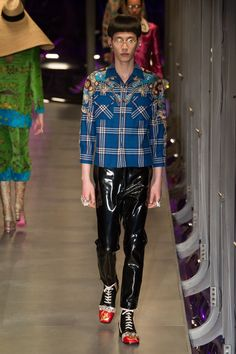 Gucci | Ready-to-Wear - Autumn 2017 | Look 19
