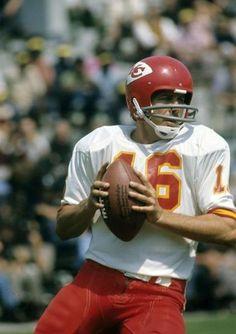 TOMSIC — PR NEWSWIRE FILE: Len Dawson, former NFL Kansas City Chiefs ...