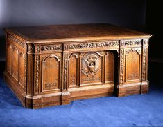 """This double pedestal partners' desk usually called the """"Resolute desk"""" was made from the oak timbers of the British ship H. Resolute as a gift from Queen Victoria in It has been used by every president since Hayes excepting Johnson Nixon and Ford Resolute Desk, Bumble And Bumble Invisible Oil, Us White House, Partners Desk, Simple House Design, Simple Desk, Oval Office, Office Table, Presidents"""