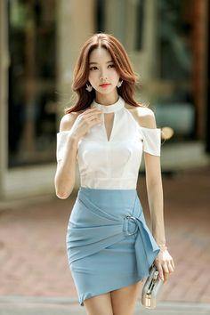 Best 11 Want these spring korean fashion – SkillOfKing. Modest Fashion, Girl Fashion, Fashion Dresses, Fashion Models, Casual Summer Dresses, Short Dresses, Mode Kpop, Pinterest Fashion, Beautiful Asian Women