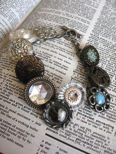 Button bracelet :)