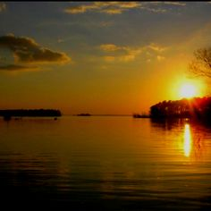 The sun setting on Lake Sam Rayburn Big Sam, Texas Parks, My Happy Place, The Great Outdoors, Heavenly, Woods, Art Photography, Graphics, Spaces
