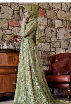 Long Sleeve Muslim  Dress 2015 Maxi Dress Lace Applique  Luxury Beaded Princess With Hijab Muslim Evening Dress