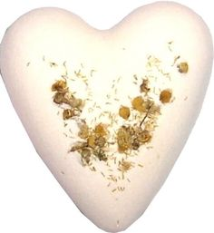 CHAMOMILLE & HONEY BATH HEART. Megafizz Bath Hearts are fragrant bath additions. Drop one into your bath and watch it fizz and bubble and add fragrance (and sometimes flowers or glitter) to your bath. Only £1.99