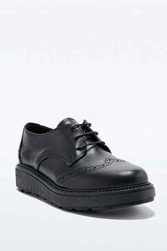 Deena & Ozzy - Chaussures richelieu Jack noires à semelle épaisse