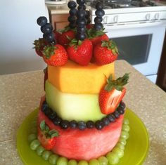 Awesome Picture of Birthday Cake Made Of Fruit . Birthday Cake Made Of Fruit A Healthier Cake Birthday Fruit Cake Cake Made Of Fruit, Fresh Fruit Cake, Fruit Birthday Cake, Birthday Desserts, Diy Birthday, Summer Birthday, Fruit Recipes, Cake Recipes, Dessert Recipes