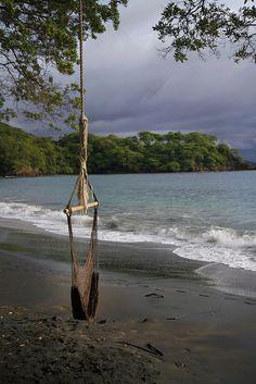 Beach Swing - Las Catalinas - Costa Rica Bach Town