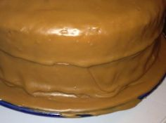 I always had trouble making caramel icing before I got this recipe from a friend's mother. Putting the cold butter in last made all the difference for me. It tastes so good too! Cake Old Timey Caramel Icing Caramel Cake Icing, Carmel Icing, Carmel Cake, Homemade Caramel Icing Recipe, Chocolate Icing, Old Fashioned Caramel Icing Recipe, Butterscotch Cake, Icing Frosting, Frosting Recipes