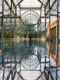 Mirror art installation at Palacio de Cristal, Madrid.