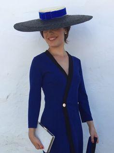 Canotier Carmen de 50cm ahora también en blanco y negro, todo un clásico! http://bit.ly/2A1eVkW #sombrero #hat #diy #materialesparatocados #pamelas #tocados #boda #invitada