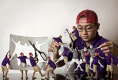 Photographer Captures His Miniature Clones 'Helping' Him With His Work - DesignTAXI.com