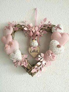 icu ~ Hacer corazones de tela by katheryn Valentine Wreath, Valentine Decorations, Valentine Crafts, Christmas Decorations, Valentines, Hobbies And Crafts, Diy And Crafts, Arts And Crafts, Sewing Crafts