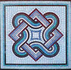 free mosaic patterns for tables Pebble Mosaic, Stone Mosaic, Mosaic Art, Mosaic Glass, Mosaic Tiles, Glass Art, Free Mosaic Patterns, Stained Glass Patterns, Mosaic Crafts